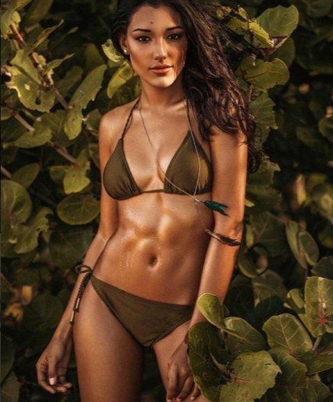 Stephanie del Valle Hoa hậu Thế giới 2016